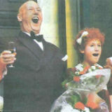 Ome Willem in musical Annie